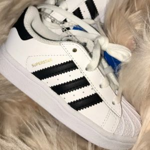 NWT Adidas Superstar black and white Toddler sz 7